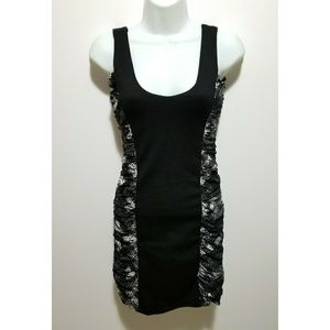 Dresses & Skirts - Black and white tight-fitting dress